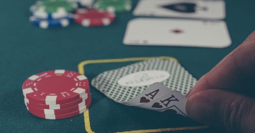Poker dalam talian- kemahiran asas